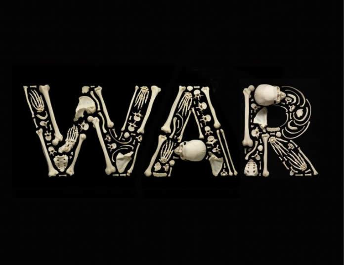 اعتراض خلاقانه به جنگ با تکه های استخوان (مجموعه عکس)