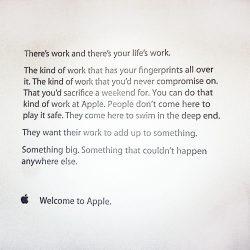 پیام خوش آمدگویی اپل به کارمندان جدید الاستخدام