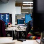 پنج دلیل ضعف صنعت نرم افزار کشور و اثرات آن بر استارتاپهای نرم افزاری + اجرای صوتی