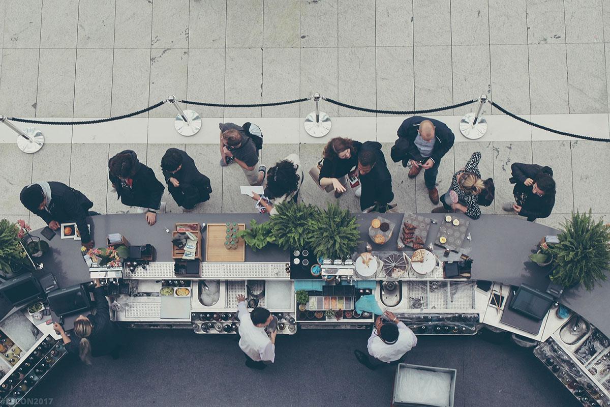چگونه داشتن مدل کسب و کار شفاف و حساب شده به شما در رسیدن به موفقیت تجاری کمک میکند؟